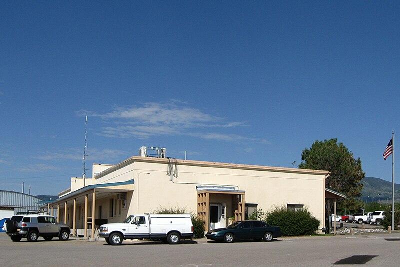 File:Los Alamos New Mexico Public Schools 751 Trinity.jpg
