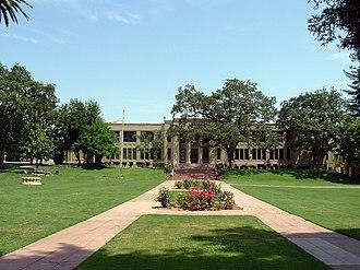 Los Gatos High School - Los Gatos High School is located on E. Main Street in Los Gatos, California