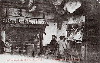 Housebarn - A postcard photograph inside a Maison landaise
