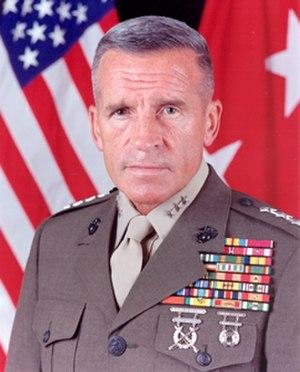 Robert B. Johnston - Image: Lt Gen Rbt B Johnston USMC