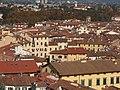Lucca, Piazza Anfiteatro dalla Torre delle Ore.jpg
