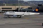 Lufthansa Airbus A320-214 D-AIZW (22479976000).jpg