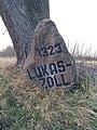 Lukaszoll Gedenkstein.jpg