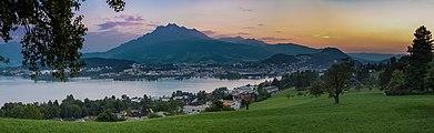 Luzern Pilatus sunset 1170967.jpg