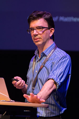 Tobias Frere-Jones - Frere-Jones at the Beyond Tellerrand conference in 2015