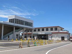 MT-Shin Kani Station-Building 2018-1.jpg