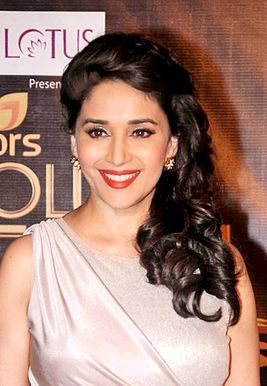 Madhuri Diksit Colors Golden Petal Awards-aigtegol vl 2012