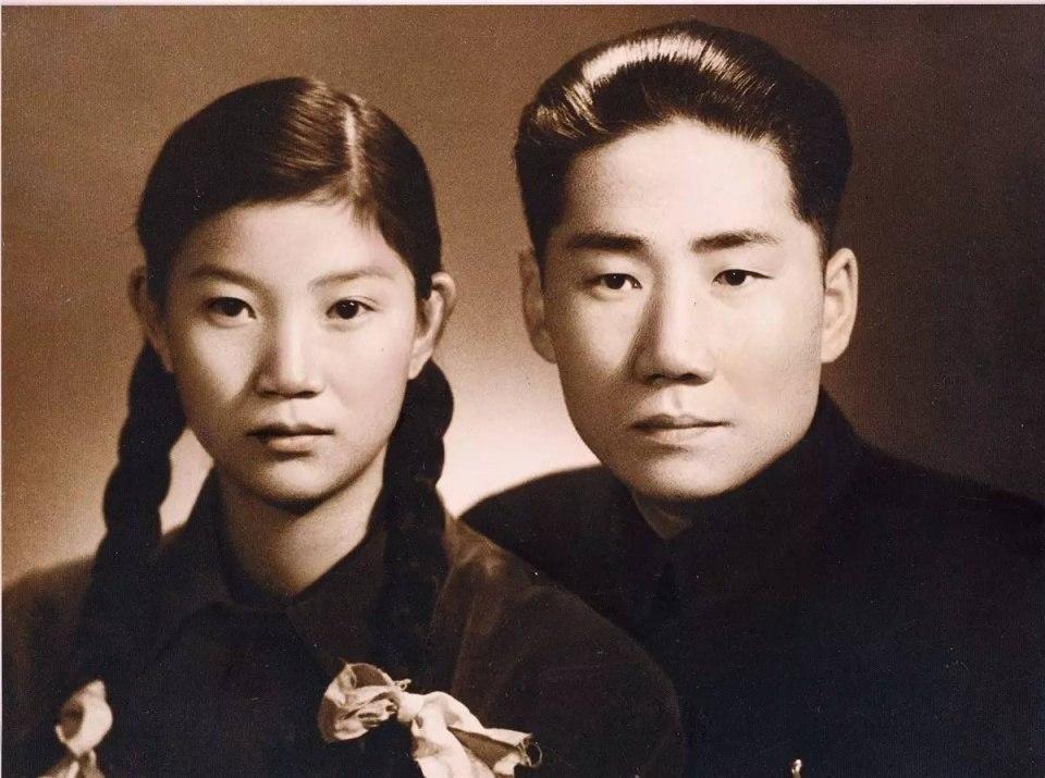 Mao Anying and wife Liu Songlin