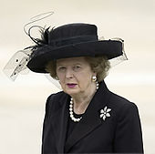 Margaret Thatcher nel 2004 ai funerali di Ronald Reagan