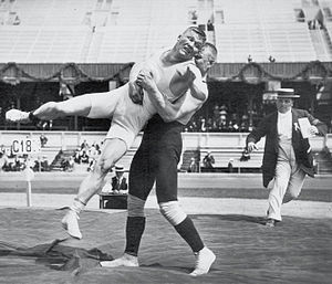 Alfred Asikainen - Asikainen (right) and Klein wrestling at the 1912 Olympics