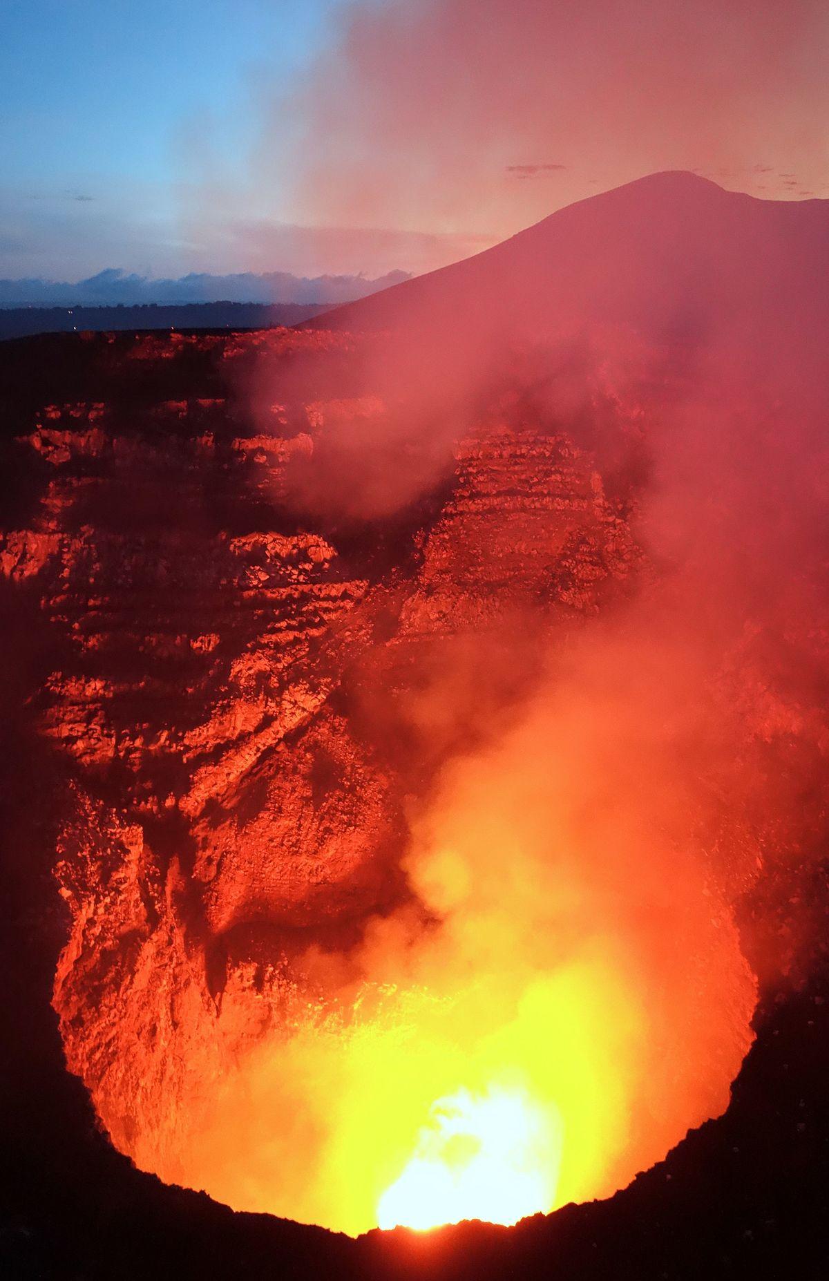 Volcán Masaya –...
