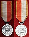 Medal 40-lecia prl.jpg