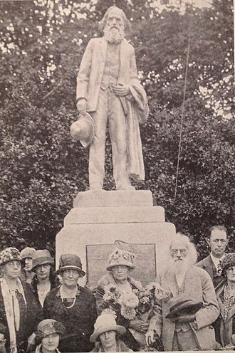 Puyallup, Washington - Ezra Meeker (near lower right) at the 1926 dedication of his own statue by Alonzo Victor Lewis in Puyallup's Pioneer Park, on the site of his original cabin.