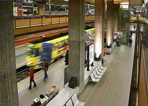 De Brouckère metro station - Image: Metro bruxelles station debrouckere