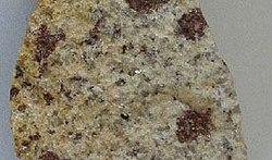 Mineraly.sk - granulit.jpg