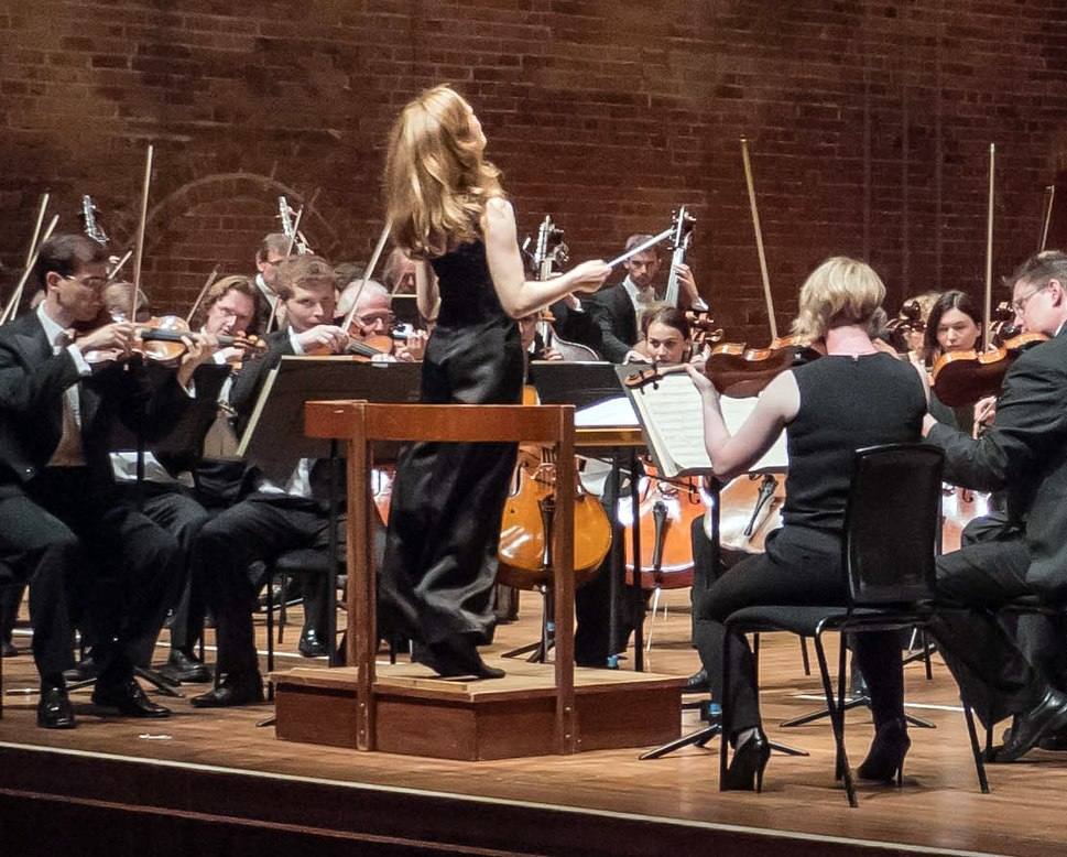 Mirga Gra-inyt--Tyla conducts the CBSO, Aldeburgh Voices and Aldeburgh Music Club at Aldeburgh Festival-crop