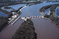 Mississippi River Lock and Dam number 3.jpg