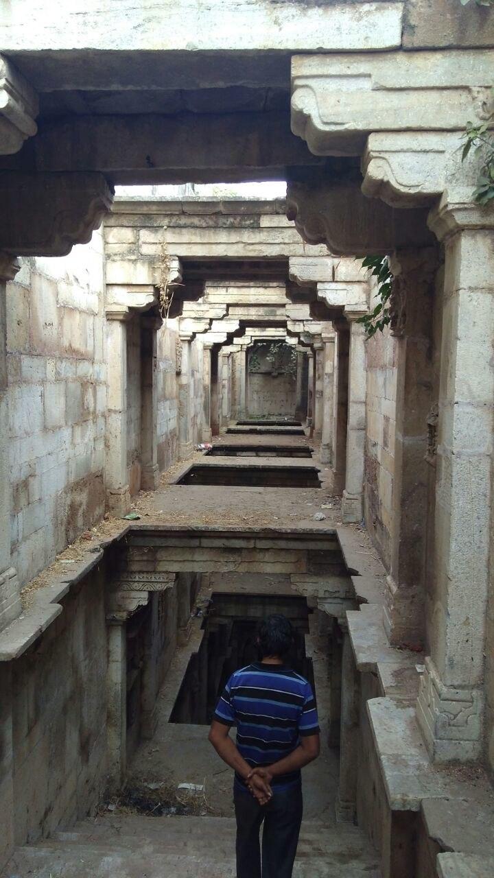 Mithi Vav floors, Palanpur