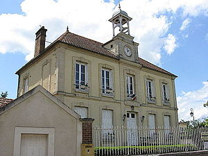 Moisson - The town hall in Moisson