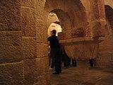 Monasterio de Leyre, cripta 2.JPG
