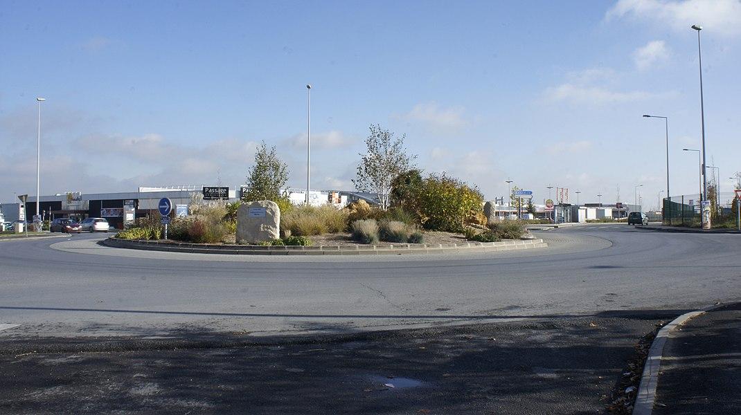 Vue de la place des combattants d'AFN à Cormontreuil.