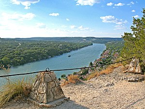 Mount Bonnell - Image: Mount bonnell