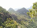 Mountains of pachmarhi 06.jpg