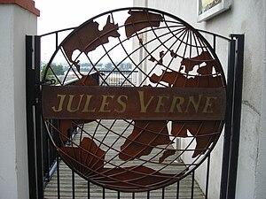 Jules Verne Museum - Image: Musee Jules Verne 001
