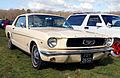 Mustang (2349982648).jpg