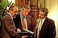 Néstor Kirchner junto a Carlos Tomada y Alberto Fernández.jpg