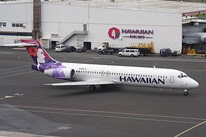 N485HA B717-22A Hawaiian HNL 18DEC08 (3160943885).jpg