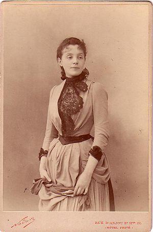 Théâtre de Paris - Gabrielle Réjane, photograph by Nadar