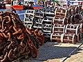 Nasas y cadena (34162390554).jpg
