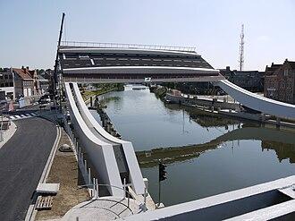 Tilt bridge - Image: Nieuwe Scheepsdalebrug