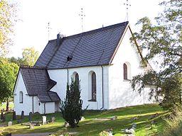 Njutångers kyrka i september 2005