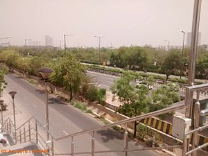 Noida - Delhi-Noida-Direct expressway in front of Amity University, Noida