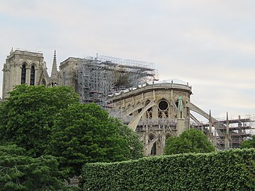 Notre-Dame - 2019-05-16 - View from the south-east 01.jpg