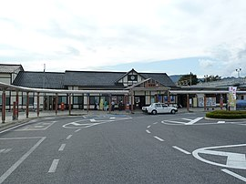 Numata station - October 2011.jpg