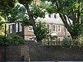 Old Battersea House, 30 Vicarage Crescent, London 02.JPG