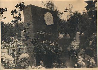 Nikolay Dobrokhotov - On the grave of N.N. Dobrokhotov on Baikovoe Cemetery in Kiev