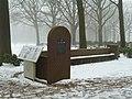 Oosterbeek-Airborne War Cemetery (1).JPG