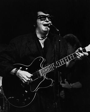 Roy Orbison - Orbison performing in New York in 1987