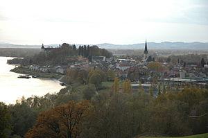 Ottensheim - Image: Ottensheim Marktkern Nov 2006