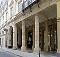 P1050208 Paris Ier rue de Beaujolais grand Vefour rwk.JPG