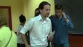 Pablo Iglesias en su colegio electoral de Vallekas 04.png