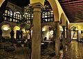 Parador de Granada - Claustro y galería baja.jpg