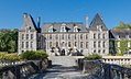 Parc-chateau-courances-essonne, devant le petit pont d'entrée cropped.jpg