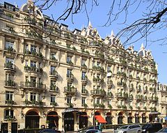 Paris avenue montaigne plaza athena.1.jpg