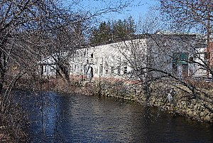North Branch Pawtuxet River - North Branch Pawtuxet River at Harris Mill Village