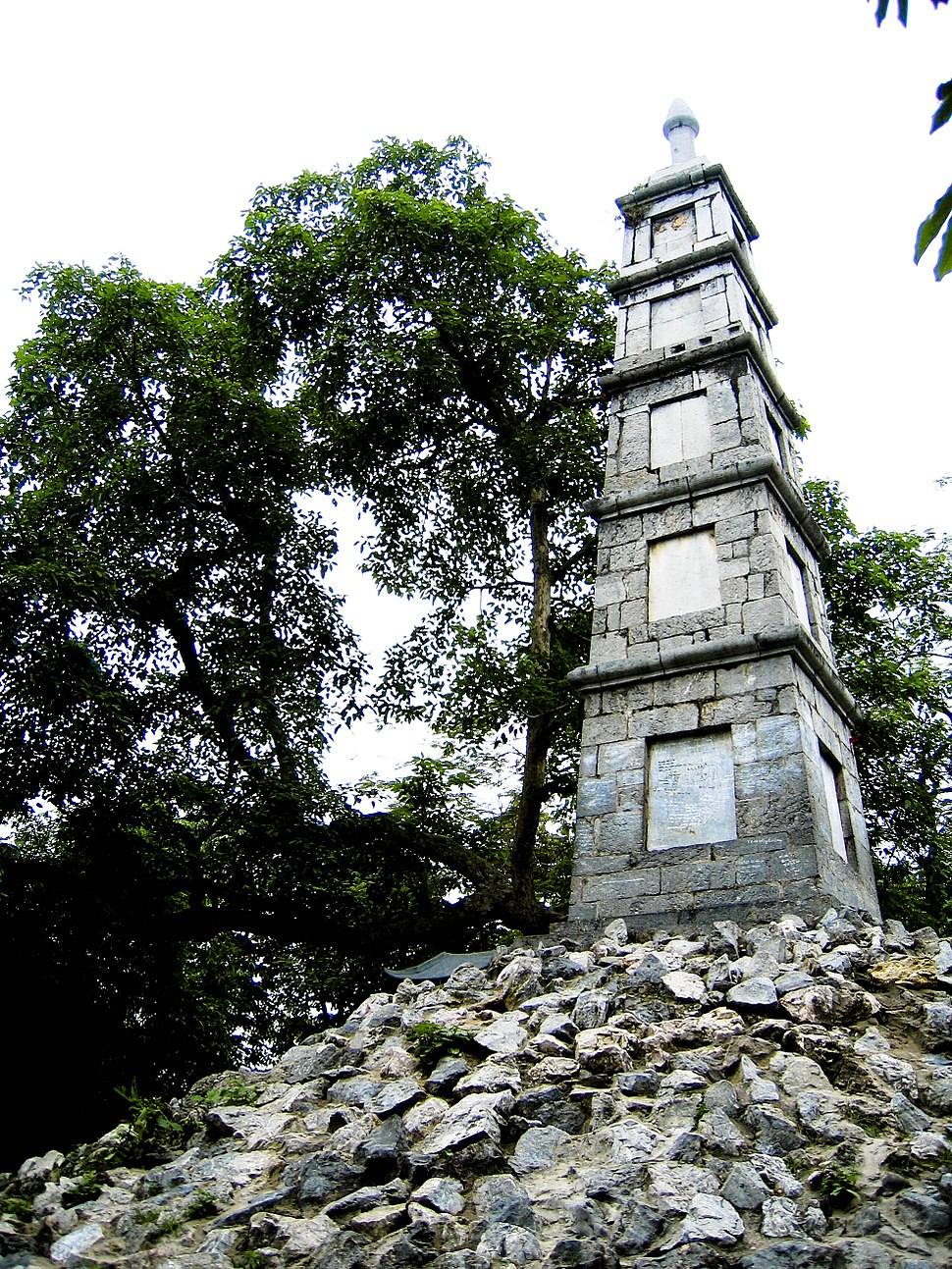 Pen Tower in Hanoi